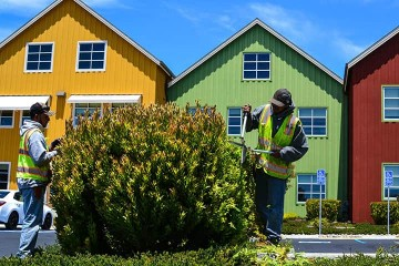 Commercial Landscape Maintenance in Santa Cruz & Monterey